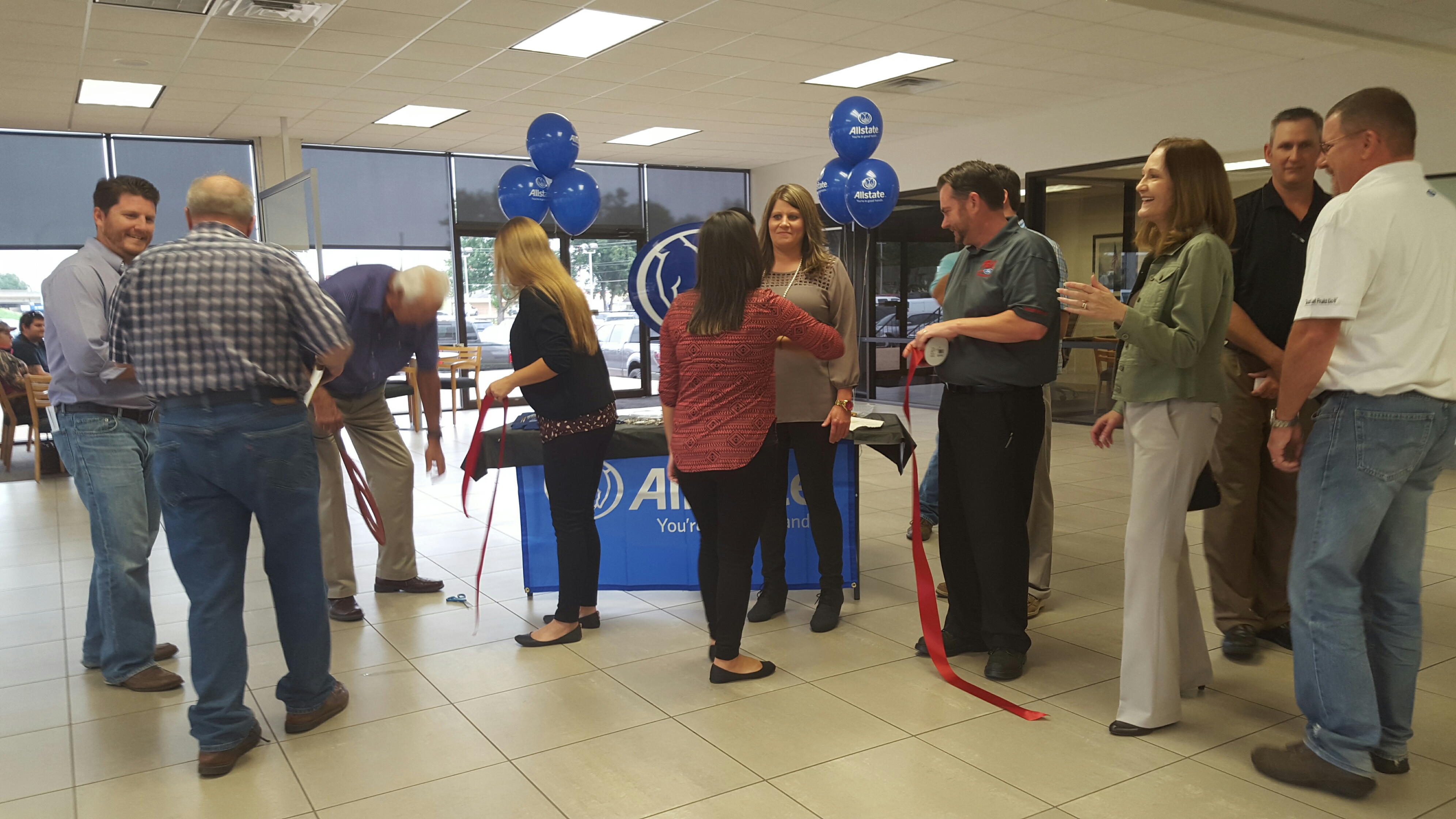 1015_Allstate-Lipscomb Ribbon Cutting 2